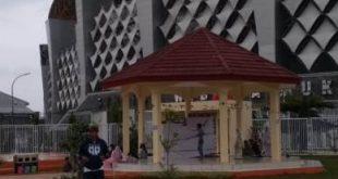 Kotak Literasi Cerdas (Kolecer) yang berada di Gazebo Taman Sehati tutup pasca diresmikan pada Jum'at (25/01) kemarin.